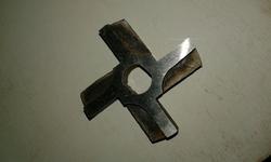 Фрезерованный нож для электромясорубки  (d сетки 60мм)